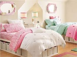 Bedroom Ideas With Light Wood Floors Bedroom Chic Bedroom Ideas Vitt Sidobord Wall Art White Bed