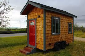 micro cottage amanda kovattana