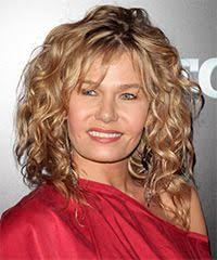 permed hairstyles for square fasce jennifer nettles medium length curly hair with bangs hair