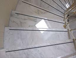 treppe fliesen kante schäden an treppenstufen und kanten fliesen und platten