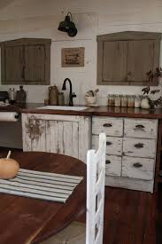 Primitive Kitchen Cabinets Best 25 Primitive Kitchen Cabinets Ideas On Pinterest Primitive