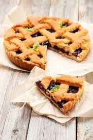 cuisine autrichienne recette tarte aux framboises à l autrichienne linzertarte
