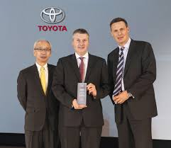 lexus uk managing director yeomans toyota eastbourne named toyota centre of the year toyota
