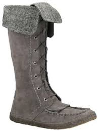 ugg australia adirondack sale ugg boots bags accessories on sale up to 70 at tradesy