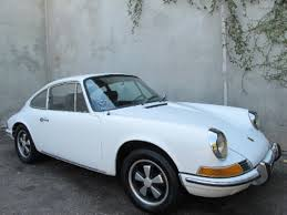 vintage porsche blue buying a vintage 1969 porsche 911 t beverly hills car club