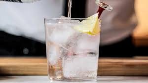 vodka tonic recipe how to make a perfect vodka soda bon appétit bon appetit