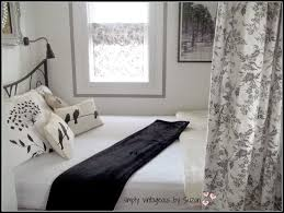 simply vintageous by suzan 70 square feet a guest room