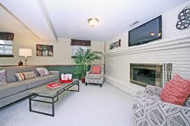 staging a family room in kirkwood mo staging that sells
