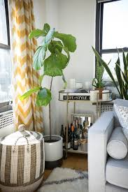 this blogger u0027s chic nyc apartment will inspire you to redecorate