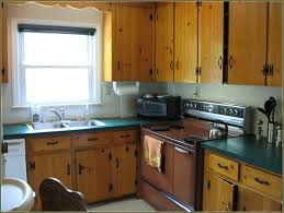 Knotty Oak Kitchen Cabinets Knotty Pine Kitchen Cabinets Refinishing Tehranway Decoration