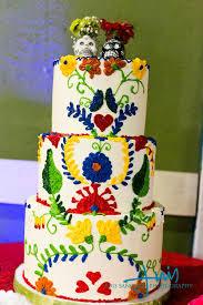 day of the dead wedding cake el día de los muertos wedding ideas and groom