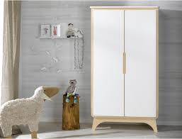 armoire chambre d enfant emejing armoire chambre bebe photos design trends 2017 shopmakers us