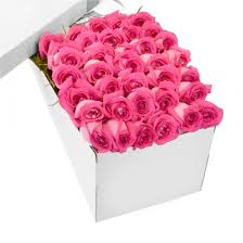 in a box delivery dozen pink roses in a box delivery to philippines roses box to