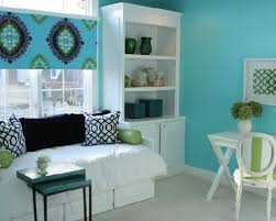 light blue paint colors for bedrooms