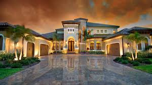 what are the advantages of hiring a luxury home builder