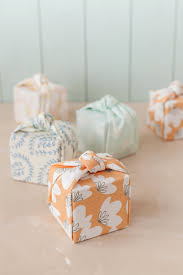 wrapping boxes diy knotted fabric wrapped favor boxes julep