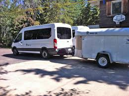 luxury minibus bus tours hotel and luxury travel with small groups in canada