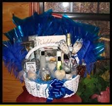 honeymoon gift gift ideas the honeymoon basket