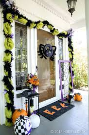 how to hang garland around door without nails round designs