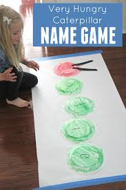 toddler approved very hungry caterpillar paper plate name game