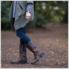 layering chunky knits stripes frye boots discount for a wood