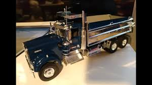 s model kenworth revell 1 25 kenworth dump truck level 5 blue chrome silver