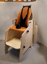 siege de pour handicapé le fauteuil pour tous gabamousse mobilier adapté pour enfants
