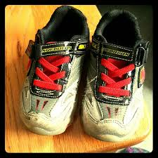 skechers red light up shoes skechers other sketcher boy shoes kids light up shoes poshmark