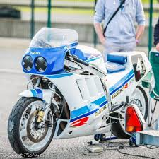 suzuki rgv 250 vj 22 m series one of the closest things to a