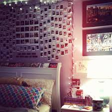 bedroom wall art inspiration polaroids and string lights