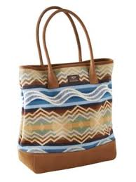 ugg boots bags accessories on sale up to 70 at tradesy ugg australia pendleton everett tote just bags by pendleton