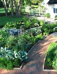 front yard vegetable garden landscape traditional with repurposed