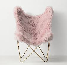 Armchairs For Bedrooms Best 25 Pink Chairs Ideas On Pinterest Pink Velvet Chair Pink