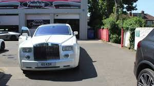 rolls royce limo rolls royce phantom limousine gets wrapped in pearl white