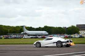 koenigsegg all cars koenigsegg agera takes on all comers at vmax200 dragtimes com