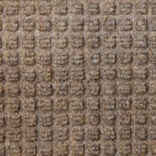Low Profile Rug The 12 Pint Absorbing Low Profile Door Mat 2 U0027x3 U0027 Hammacher