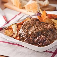 cuisiner la palette de porc rôti de palette à l oignon et moutarde recettes cuisine et