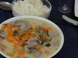 cuisiner le veau en cocotte blanquette de veau à la cocotte minute teatime gourmand