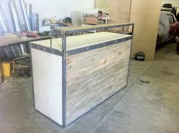 fabriquer un comptoir de cuisine en bois buffet comptoir réalisation palette comptoir