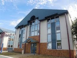 bureau a louer 93 bureaux location avertin offre 64 37 01516 cbre