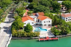 Houses To Rent In Miami Beach - star island miami curbed miami