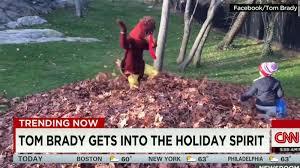 is that tom brady in a turkey suit cnn video