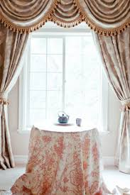 Livingroom Valances Perfect Window Valances For Your Living Room White Natural Wreath