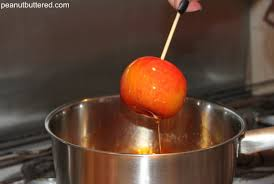 candy apple ideas for halloween candy apples peanut buttered