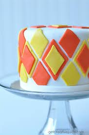 how to make a basic fondant cake mindy creative juice train