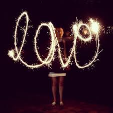 heart sparklers how to photograph writing with sparklers the college prepster