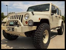 jeep wrangler military sahara tan jeep wrangler unlimited mwbutterfly flickr