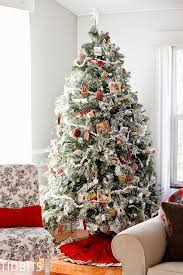 how to faux flock a fresh tree with laundry detergent