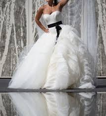 schwarz weiãÿes brautkleid 33 best schwarze brautkleider black wedding dresses images on