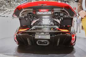 koenigsegg regera engine koenigsegg regera arrives in geneva in production specification